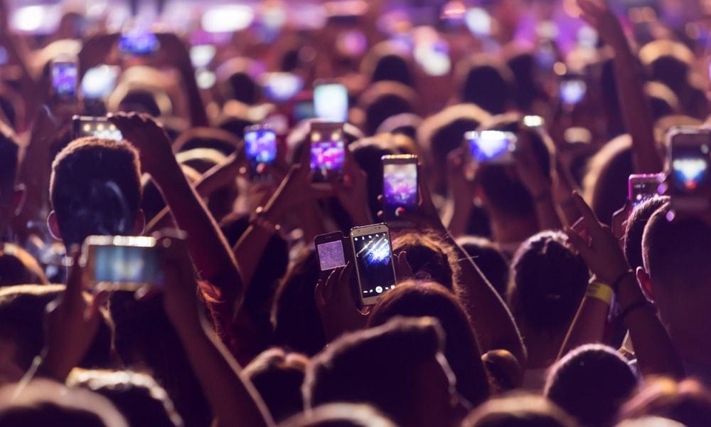 crowd using smart phones